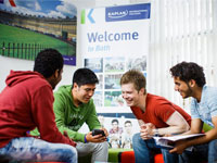 Студенты Kaplan International Colleges